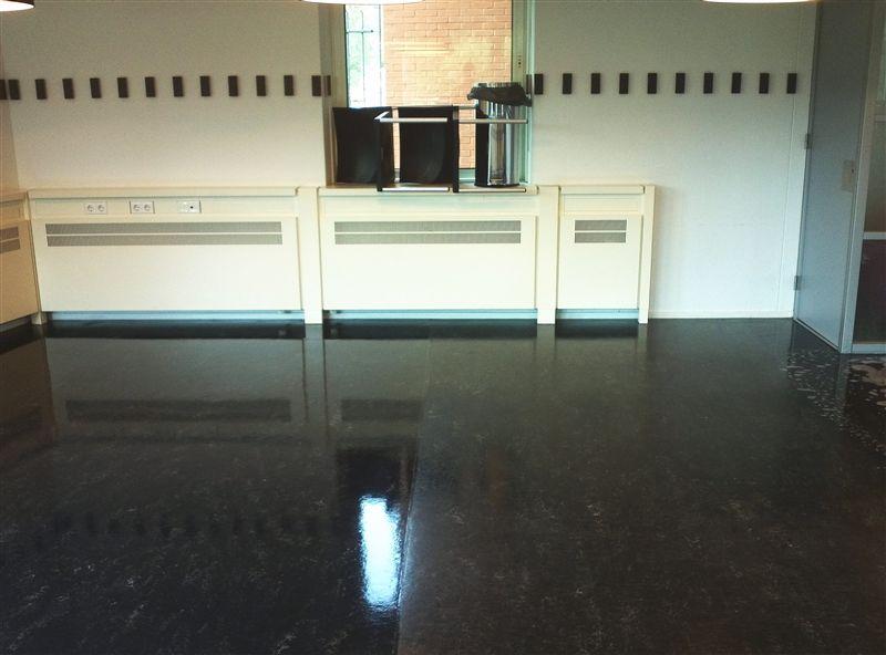 Linoleum en marmoleum vloeren reinigen